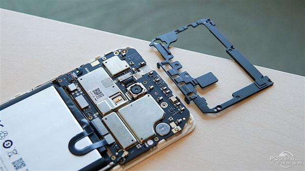 PConline разобрали Meizu M5 Note – фото 8