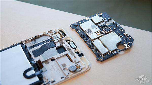 PConline разобрали Meizu M5 Note – фото 7