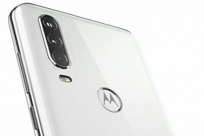 Motorola One Action: изображения и характеристики