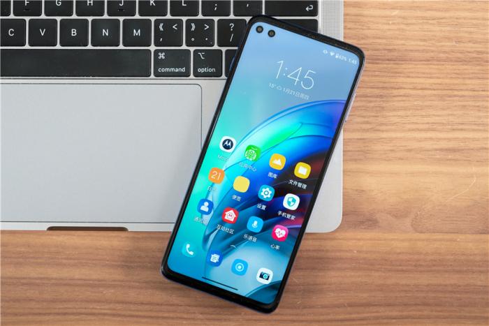 Анонс Motorola Edge S: субфлагман по невысокой цене и с двумя фичами – фото 1
