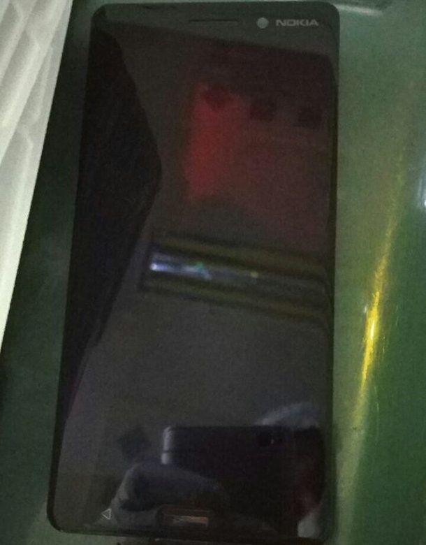 В сеть выложили фотографии передней панели смартфона Nokia – фото 2