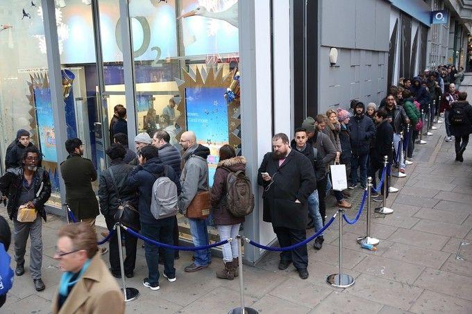 Старт продаж OnePlus 3T в Великобритании сопровождался очередью – фото 1