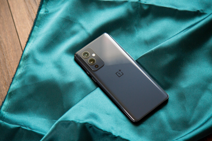 Дисплей OnePlus 9T позаимствует технологию у OnePlus 9 Pro – фото 1