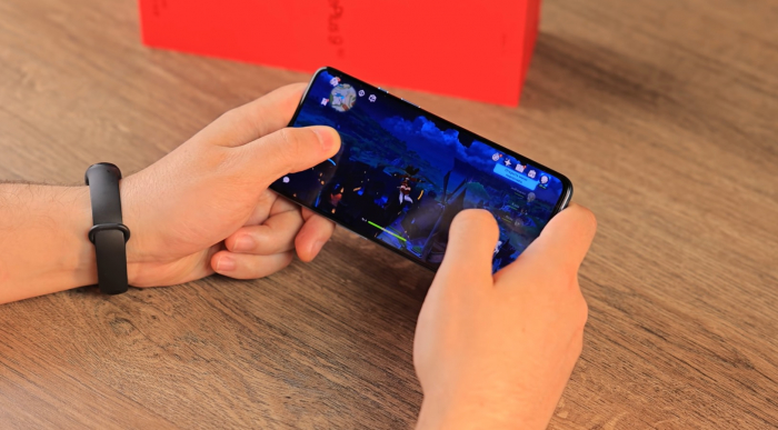 Genshin Impact на OnePlus 9R