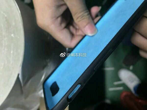 OnePlus 5 «A5000» сертифицирован в Китае и появилось первое фото чехлов флагмана – фото 2