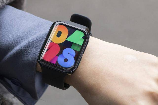 Представили смарт-часы Oppo Watch 2 – фото 1