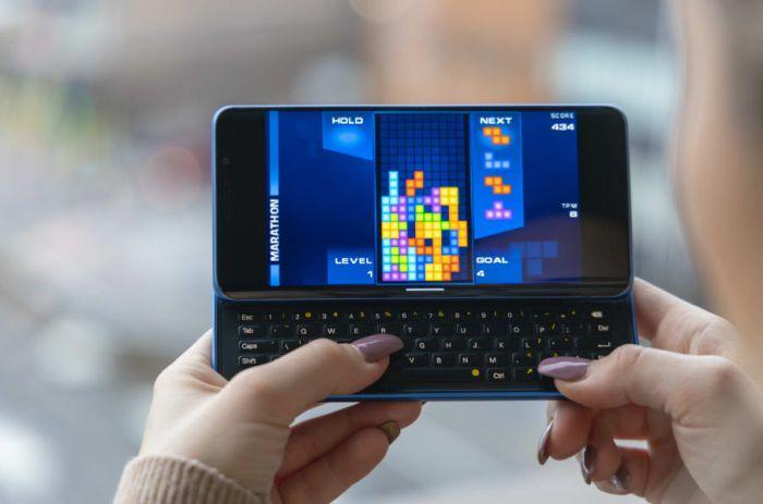 Хит Indiegogo смартфон Pro1-X с Android 9, Ubuntu Touch OS и LineageOS – фото 1