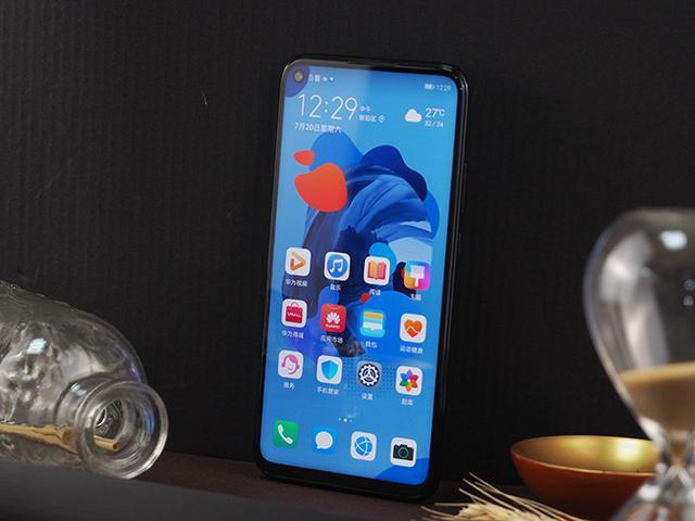 фасад Huawei Nova 5i Pro
