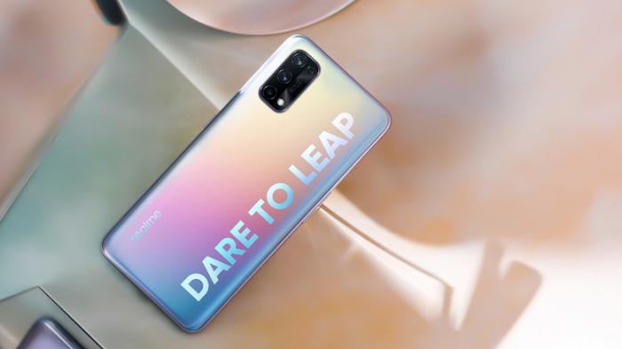Realme дразнит новинкой с чипом Snapdragon 778G – фото 1