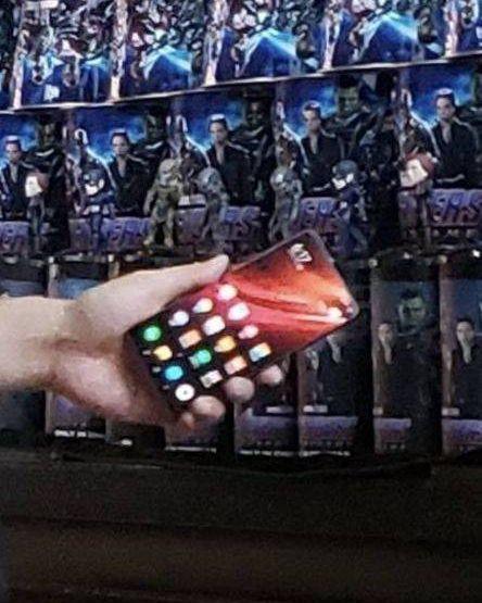 Сотрудник Xiaomi выложил фото флагмана Redmi. За что и поплатился – фото 1