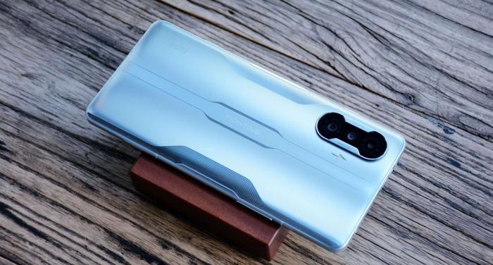 Redmi K40 Game Enhanced Edition: ажиотаж на старте продаж – фото 1