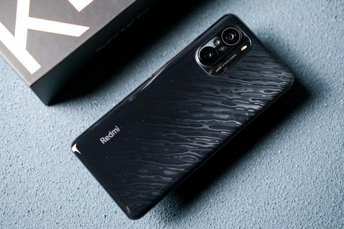 Xiaomi Mi Band 6 - новая супер фишка! iPhone 13 на фото и Samsung M62 – фото 2