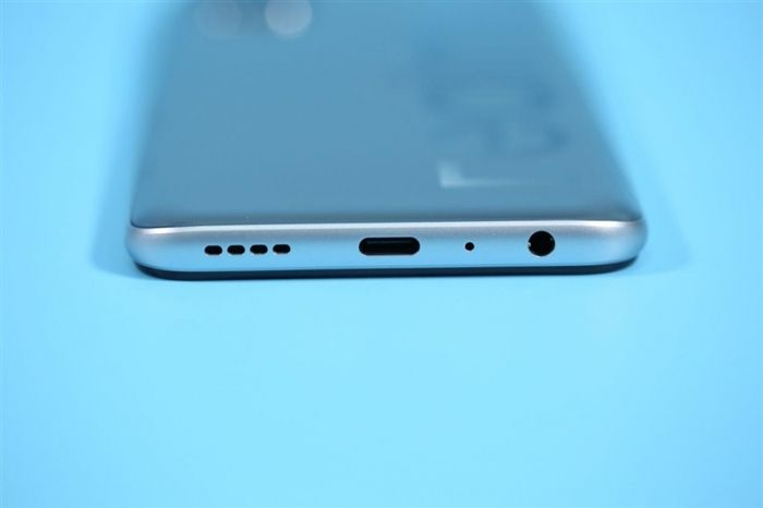 Анонс Realme V5: смартфон с 90-Гц экраном, емкой батареей и Dimensity 720 от $200 – фото 6