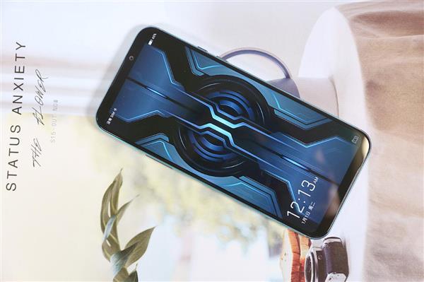 Xiaomi выпустила Black Shark 2 Pro для геймеров – фото 1