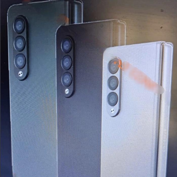 В сеть утекли промо-изображения Samsung Galaxy Z Fold 3 и Galaxy Z Flip 3 – фото 4
