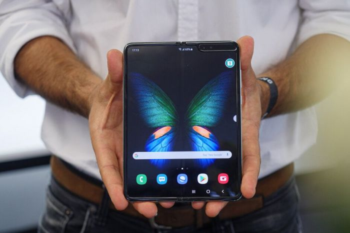 Samsung верит, что ее складные смартфоны будут расходиться миллионными тиражами в 2020 году