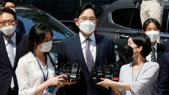 Американские компании лоббируют досрочное освобождение из заключения главы Samsung – фото 1