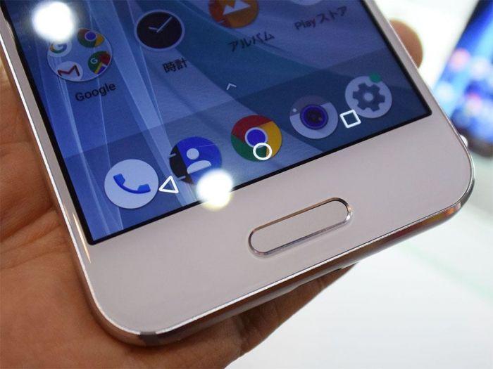Sharp Aquos R Compact — компактная вариация на Essential Phone – фото 5
