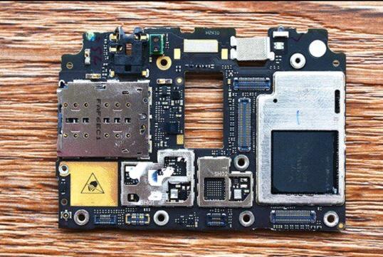 Coolpad Cool1 Dual разобрали для оценки качества сборки и идентификации компонентов – фото 5