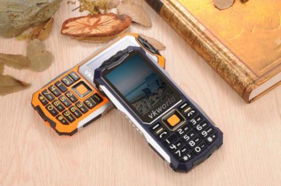 VKworld Stone V3S - защищенный телефон для экстремальных условий эксплуатации всего за $30 – фото 1