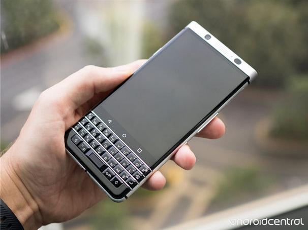 Анонс BlackBerry Mercury с QWERTY-клавиатурой состоится 25 февраля – фото 2