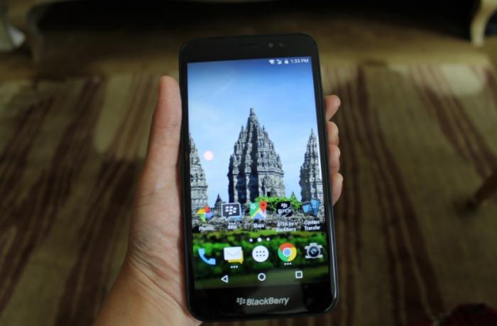 Дебютировал BlackBerry Aurora с чипом Snapdragon 425 и  Android 7.0 Nougat – фото 2