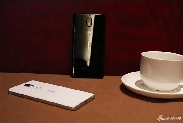 Первые фото на камеру Nokia 7 – фото 1