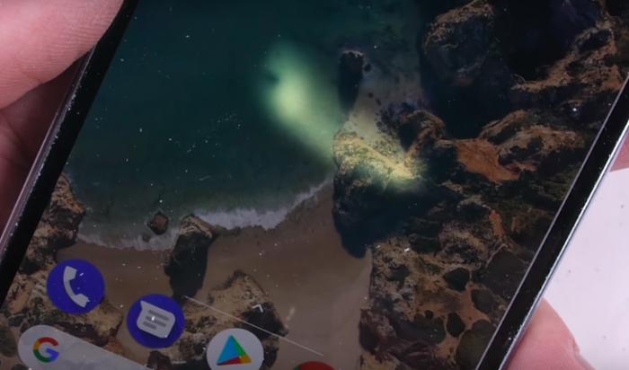 Google Pixel 2 проверили на прочность, устойчивость царапинам и огню – фото 2