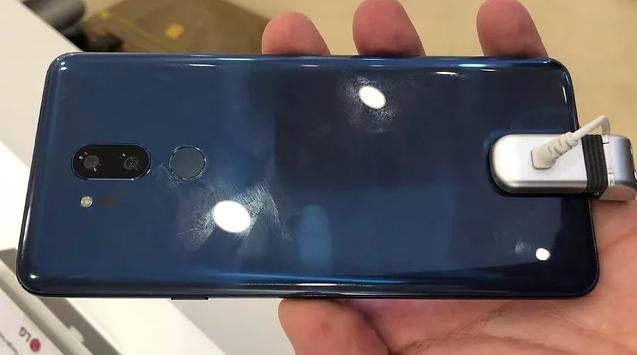 Неожиданный флагман LG G7 Neo показали на видео – фото 2