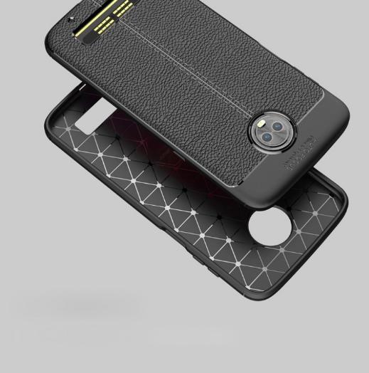 Чехол демонстрирует дизайн Moto Z3 Play – фото 4