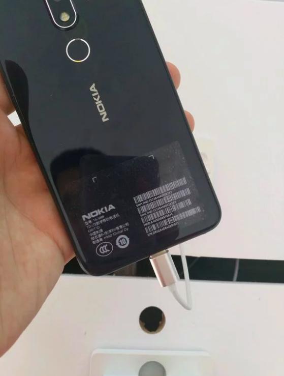 Nokia X или Nokia X6 показали во всей красе на «живых» снимках – фото 3