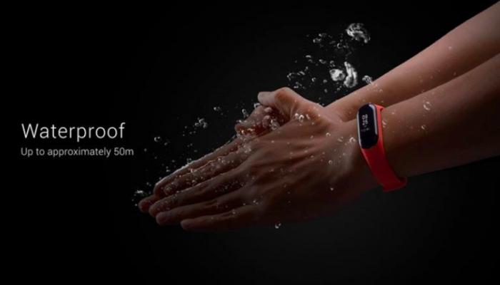 Представлен Xiaomi Mi Band 3 с OLED-экраном и NFC от $26 – фото 2