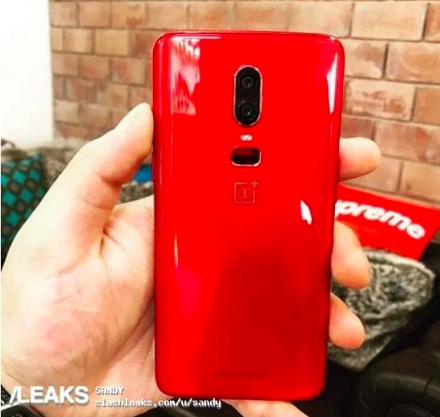 OnePlus 6 оденется в красный – фото 3
