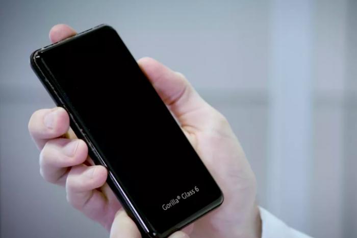 Gorilla Glass 6 превосходит предшественника по устойчивости к ударам и царапинам – фото 2