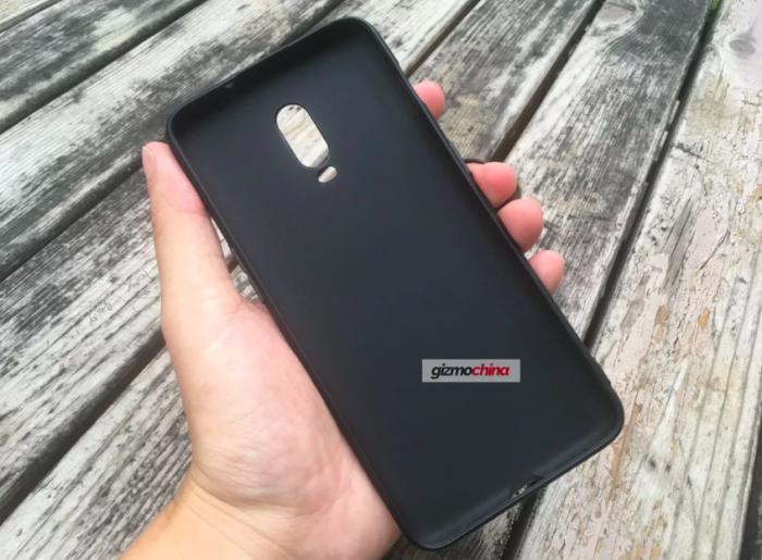 Первый чехол для OnePlus 6T – фото 1