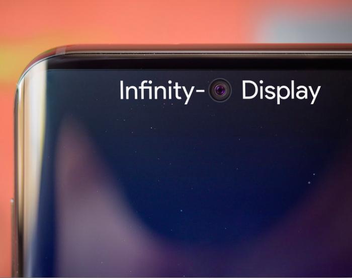 Samsung понимает, что ее позиции на рынке смартфонов ослабли – фото 1