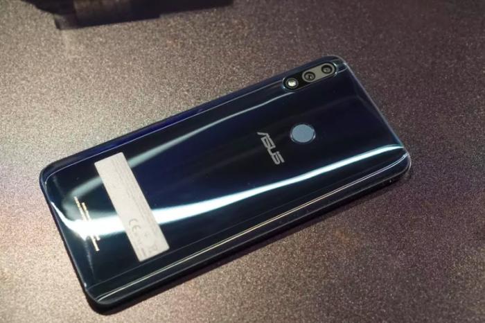 ASUS представила ZenFone Max (M2) и ZenFone Max Pro (M2) с емкими батарейками и «чистым» Android – фото 4