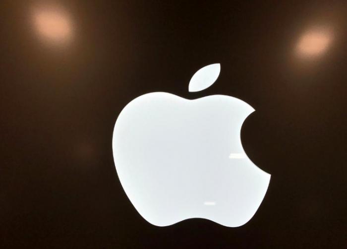 Apple возвращает iPhone 7 и iPhone 8 на полки своих магазинов в Германии – фото 2
