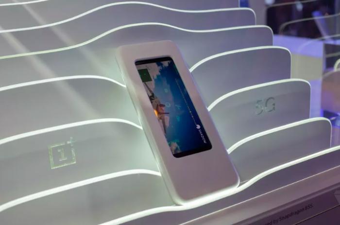 На MWC 2019 привезли прототип смартфона OnePlus 5G – фото 2