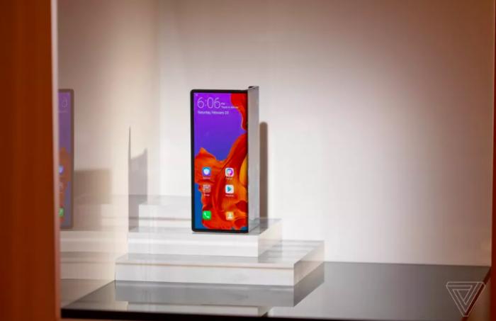 Прибытие Huawei Mate X отложено до сентября – фото 1