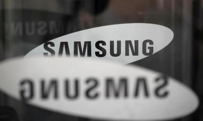 Доход Samsung катится по наклонной: прибыль компании упала вдвое во 2 квартале – фото 1