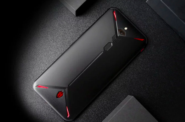 Назвали время выхода Nubia Red Magic 3S с Snapdragon 855 Plus