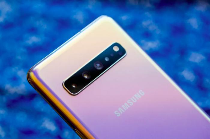 Аналитики считают, что повсеместное внедрение 5G повлечет увеличение продаж смартфонов