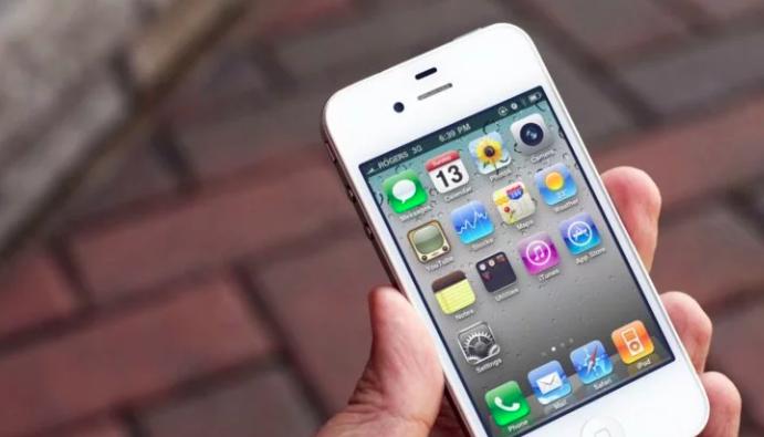Инновации iPhone 4