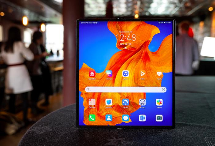 Представлен Huawei Mate Xs: еще мощнее, быстрее, надежнее и дороже – фото 2