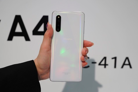 Samsung Galaxy A41 представили в Японии – фото 5