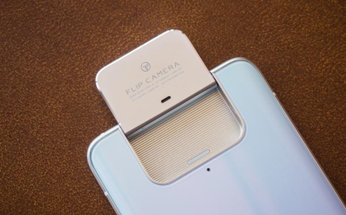 Анонс Asus Zenfone 7 и Zenfone 7 Pro: тройная откидная камера, чипы Qualcomm, 90-Гц дисплеи и емкие аккумуляторы – фото 2