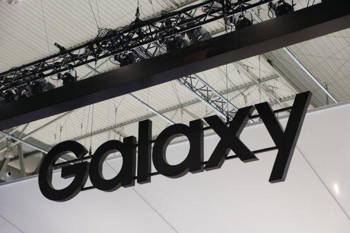 Камера Samsung Galaxy A90 будет выезжающей и вращающейся – фото 1