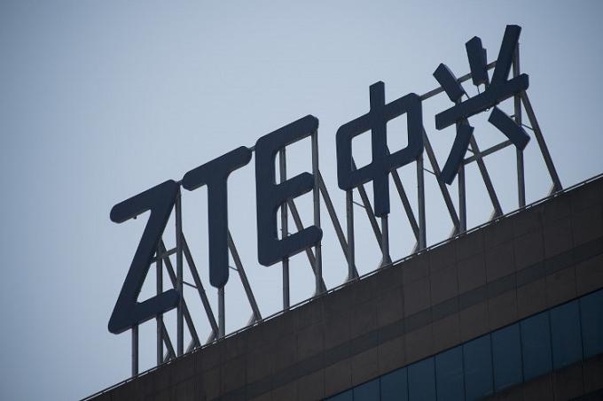 ZTE вернется на рынок смартфонов. Трамп распорядился – фото 1