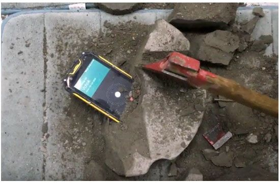VCHOK M9-LTE испытали на живучесть цементным раствором – фото 1